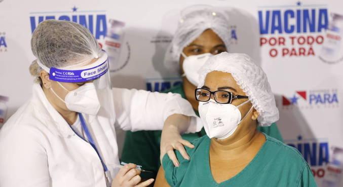 Enfermeiras Shirley e Marielza são as primeiras paraenses vacinadas contra a covid-19