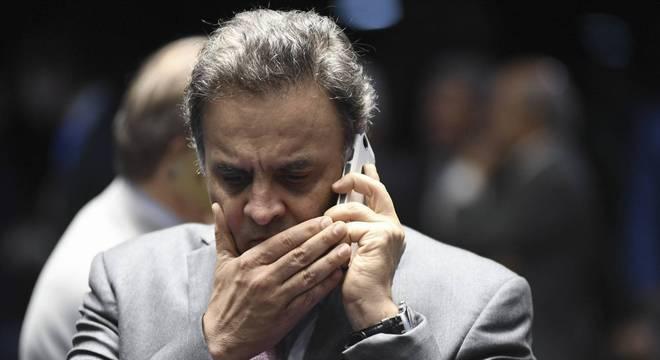 Aécio Neves pode ser expulso do PSDB