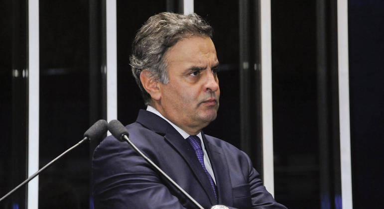 """MP cita que Aécio recebia um """"mensalinho"""" de R$ 50 mil, pagos pelo dono da J&F"""