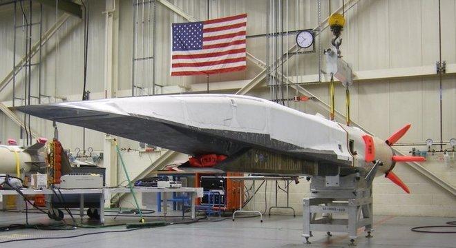 Os EUA apresentaram, em 2010, o Boeing X-51, um míssil de cruzeiro hipersônico