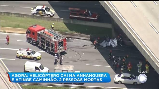 A queda de uma aeronave nesta segunda-feira (11) no km 7 da rodovia Anhanguera, sentido Castelo Branco,em São Paulo,deixou duas vítimas carbonizadas.