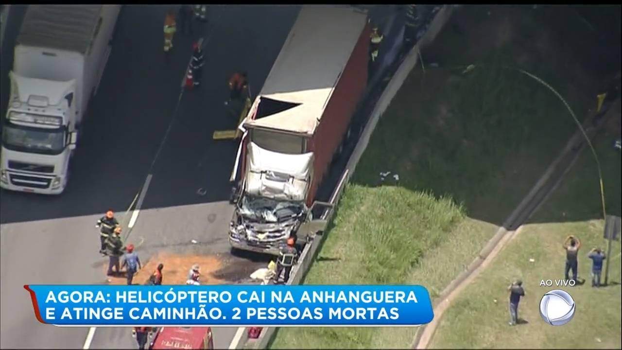De acordo com informações do Corpo de Bombeiros, o acidente ocorreu por volta de 12h20. A aeronave caiu sobre um caminhão, no km 7 da via, próximo a uma praça de pedágio, na altura do Rodoanel.