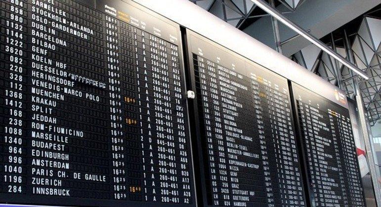 França suspende todos os voos que têm com origem o Brasil