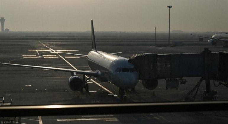 Restrições a viajantes entraram em vigor no país em 2 de fevereiro