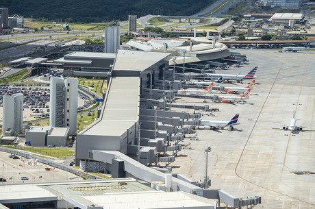 Aeroporto recebe 22 milhões de pessoas por ano