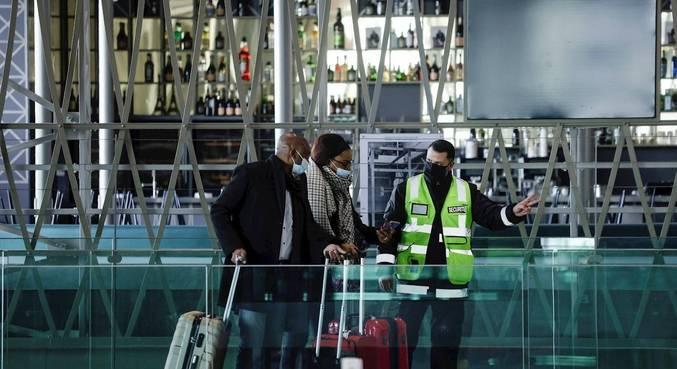 França vai fechar fronteiras para viajantes fora da União Europeia