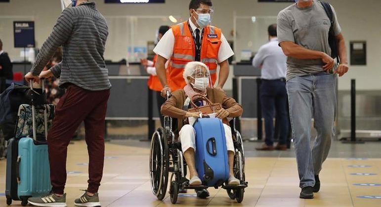 Peru mantém suspensão de voo comerciais com Brasil, Índia e África do Sul