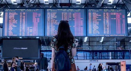 Transporte aéreo é o mais afetado pela pandemia