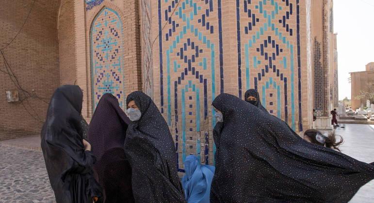 Espanha vai investir milhões em ajuda humanitária no Afeganistão