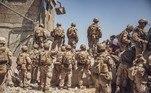 Exército dos EUA começa retirada do aeroporto de CabulVEJA MAIS