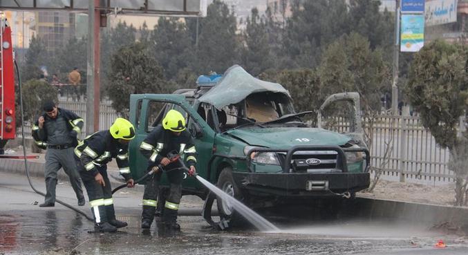 Enquanto autoridades se reúnem, violência prossegue no Afeganistão