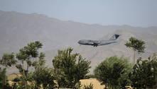 Forças estrangeiras deixam base afegã de Bagram e, logo, todo país