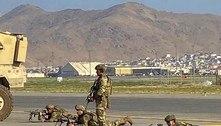 Confusão e desespero tomam conta do aeroporto de Cabul