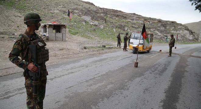 Ataque foi reivindicado pelos talibãs