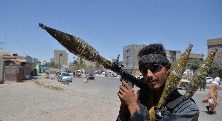 Afeganistão tem aumento de violência desde o início da retirada das tropas dos EUA