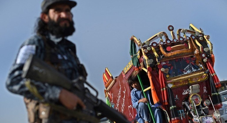 Minorias são alvo de perseguição pelo Talibã no Afeganistão