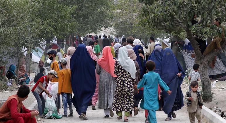 Países demonstram preocupação com direitos das mulheres afegãs