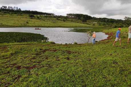 Em Indianópolis, homem tentava atravessar represa