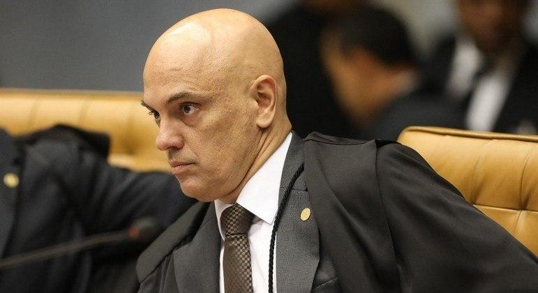 O ministro Alexandre de Moraes é relator das duas ações em análise no plenário virtual sobre os decretos de armas