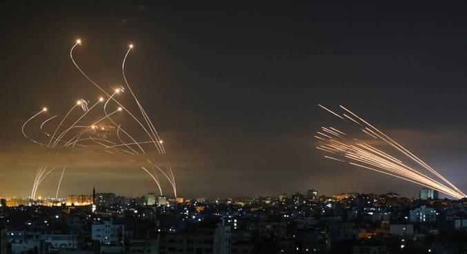 Bombardeios são registrados no céu da região de conflito no Oriente Médio há dias