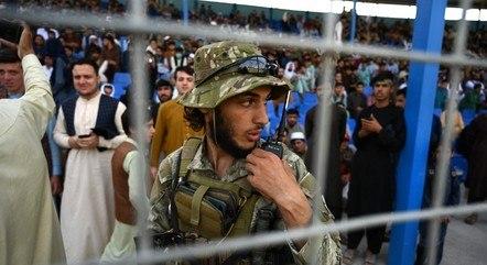 Taliban tomou o controle do Afeganistão há 3 semanas