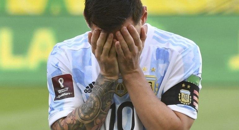 Messi lamenta a invasão de campo que impediu Brasil e Argentina de jogarem ontem