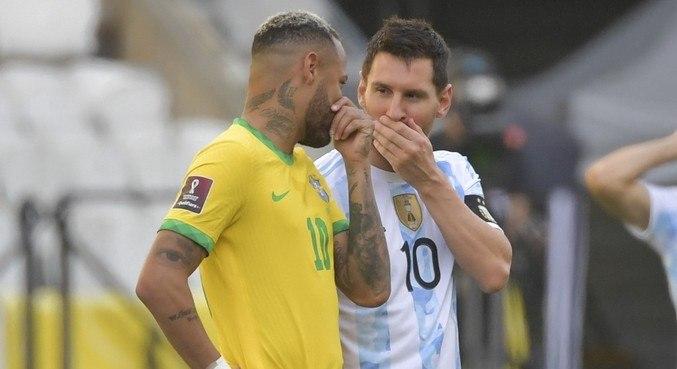 Partida entre Brasil e Argentina foi interrompida aos 6min na Arena Corinthians