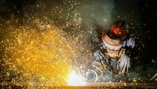 Confiança da indústria avança e tem maior patamar desde janeiro