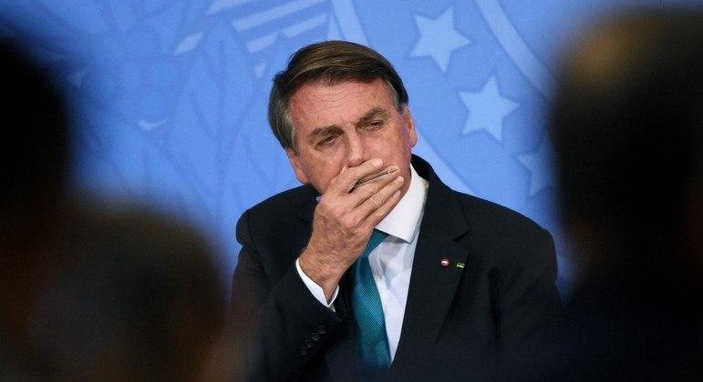 """Bolsonaro: """"Não posso sancionar uma coisa se não tiver a fonte de recurso"""""""