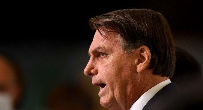 Bolsonaro não pode ser responsabilizado em razão de sanção ou veto da lei, diz estudo