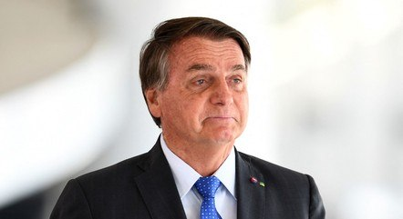 Bolsonaro tem feito críticas recorrentes ao STF