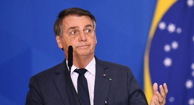 Bolsonaro bloqueou 176 contas nas redes sociais, aponta levantamento