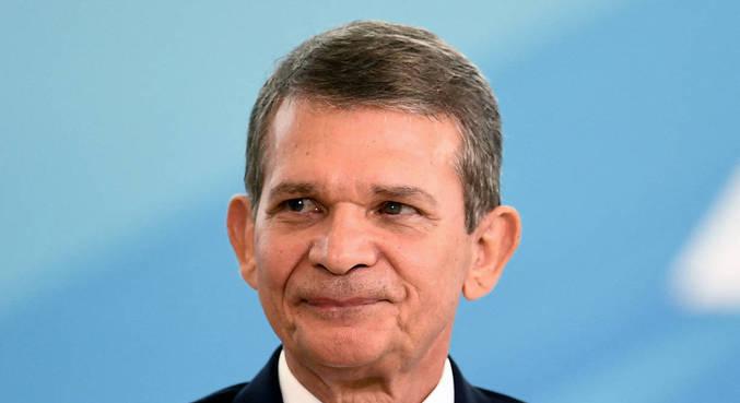 Luna reafirmou que Petrobras fica com R$ 2 de cada litro de combustível comercializado