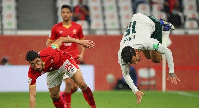 Futebol burocrático, sem criatividade, de péssimo nível. O Palmeiras mereceu perder