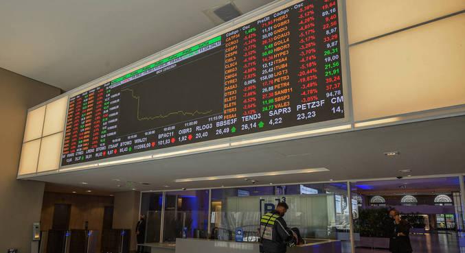 Noticiário corporativo no Brasil destacava aquisição bilionária pelo Magazine Luiza