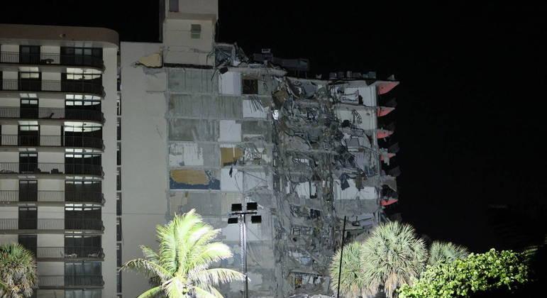 Desabamento parcial do prédio ocorreu durante a madrugada do dia 24 de julho