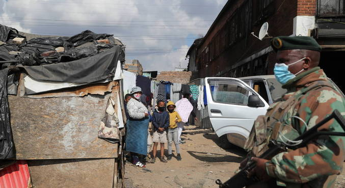 Onda de violência deixou pelo menos 121 mortos na África do Sul