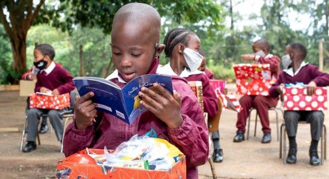 Crianças da África do sul estão tendo acesso a livros por meio de ONG