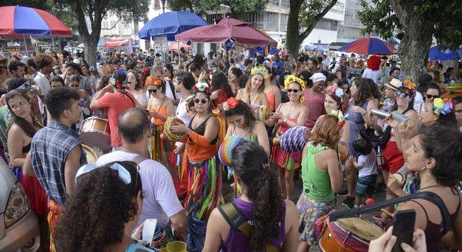 Comerciantes poderão trabalhar em todas as datas do Carnaval (com pré e pós)