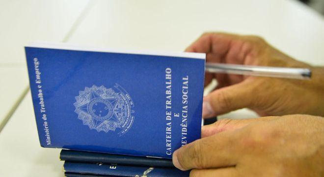 Mutirão do emprego em São Mateus (SP) oferece 564 vagas neste sábado