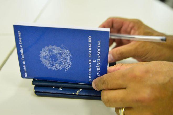ag brasil carteira de trabalho emprego vagas 02082019172509722?dimensions=660x440&no crop=true - Bolsonaro na ONU e plano para matar Gilmar e marcam a semana