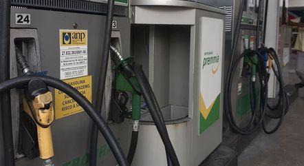 Em SC, compra-se 56 litros a menos atualmente