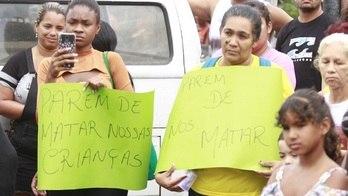 __Manifestantes protestam contra morte de menina de 8 anos no RJ__ (José Lucena / Estadão Conteúdo / 21.09.2019)