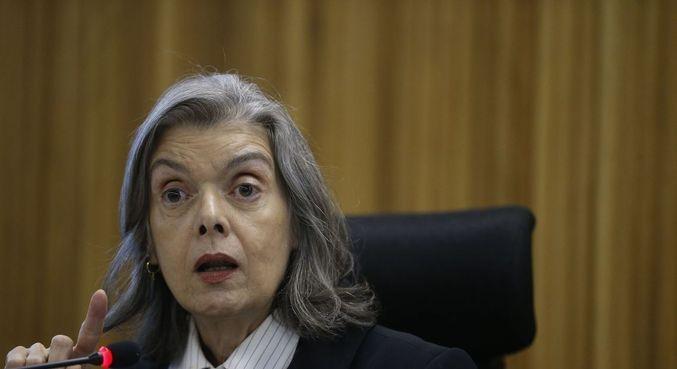 A ministra Cármen Lúcia, do STF, que negou pedido para obrigar análise de impeachment