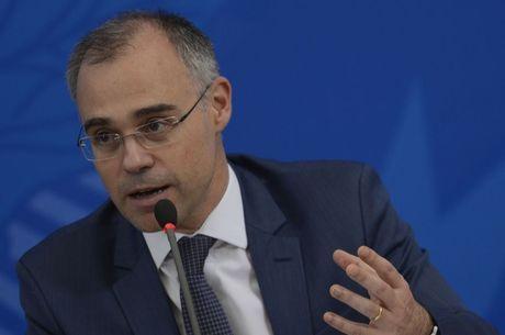 Ministro da Justiça demitiu responsável pelo dossiê
