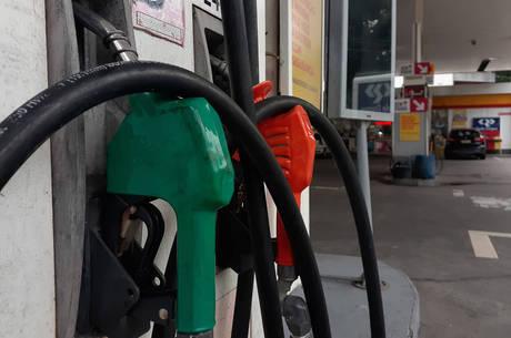 Nova tabela com preços de combustíveis é divulgada