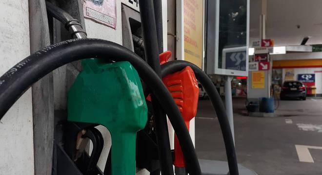 Posto de combustíveis