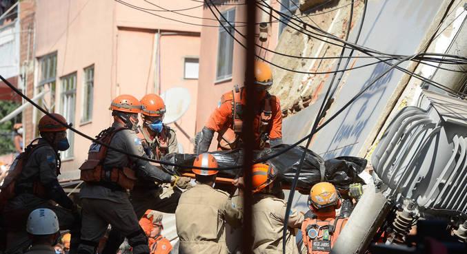 Prédio de quatro andares desabou em Rio das Pedras, na zona oeste do RJ