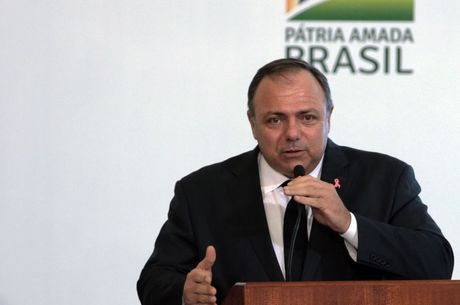 Na imagem, o ministro Eduardo Pazuello (Saúde)