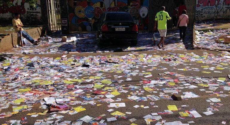 Termina hoje prazo para retirada de propaganda eleitoral das ruas